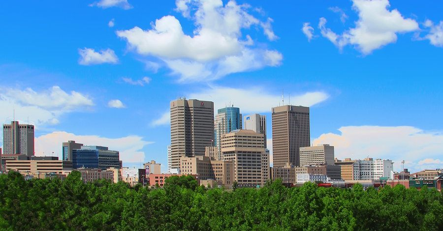 downtown_winnipeg_skyline_by_joe_lynn_design-d55vfca